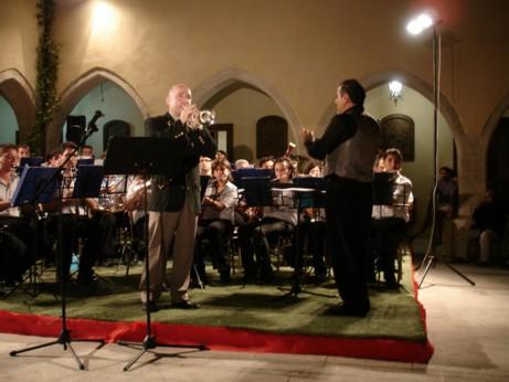 Roger Webster con l' Orchestra di Fiati Mediterranea